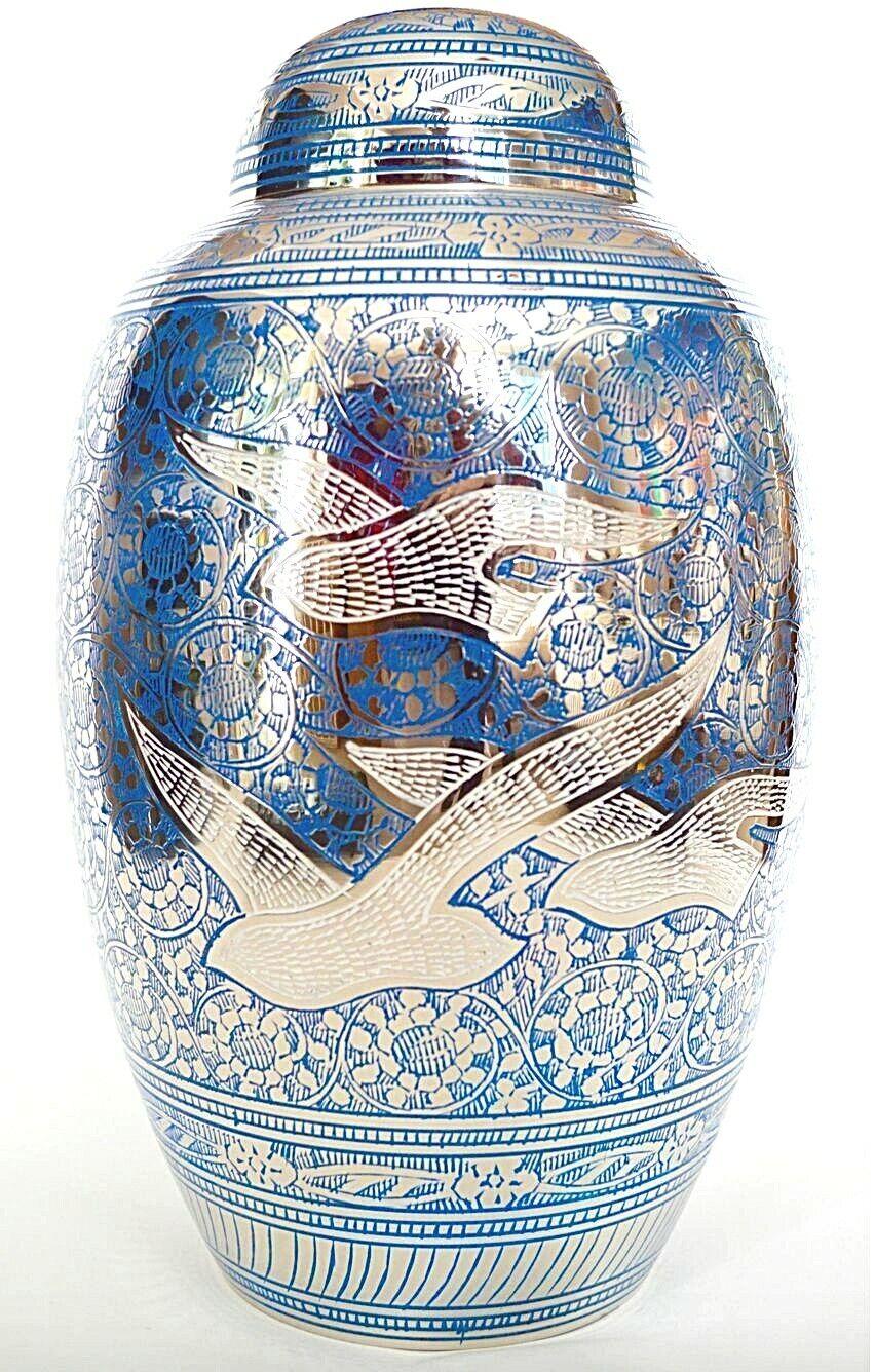 Adulto urna de la cremación de latón para Cenizas-Azul y Plateado