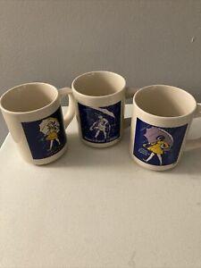 LOT-OF-3-Vintage-Morton-Salt-Girl-Coffee-Mugs-1921-1956-1968-Litho-Images-2-Side