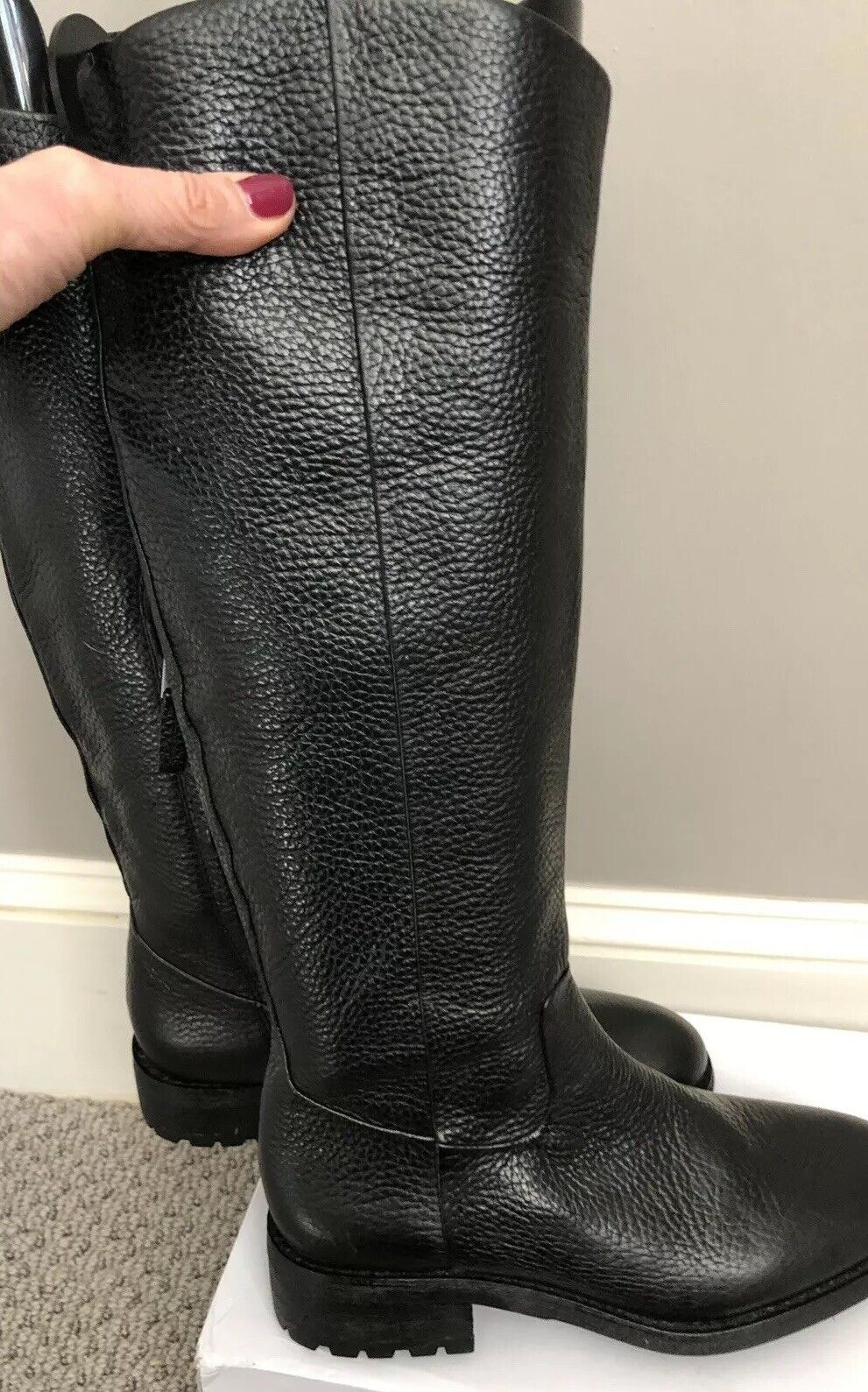 NWOB Black Ryan Leather Sam Edelman Boots side zipper sz 6