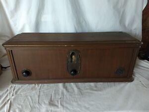 Vintage-Brunswick-Model-5KR-Wood-Tube-Radio-FAST-SHIPPING