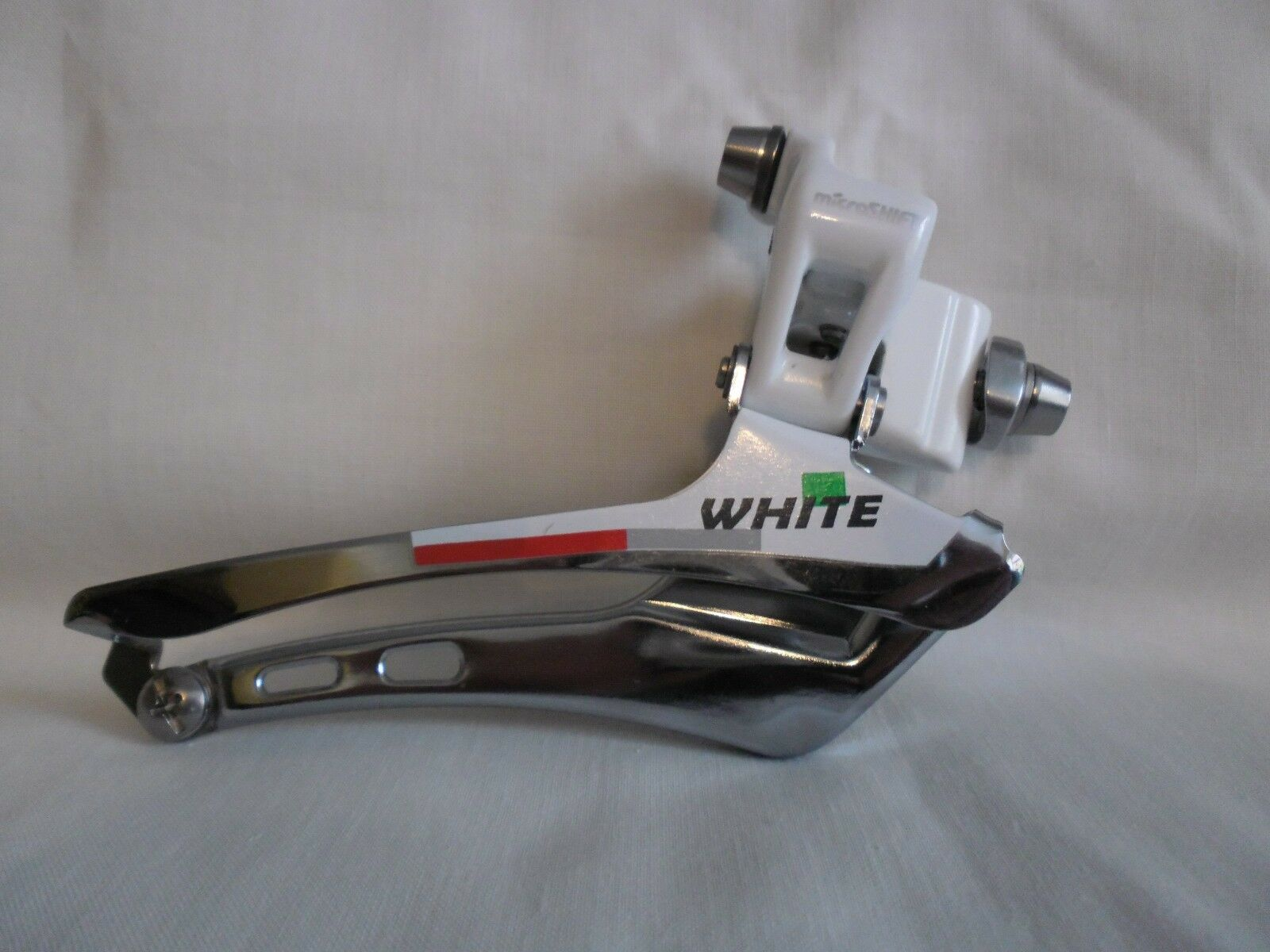 MICRO SHIFT FRONT MECH  FD-R82FW IN WHITE