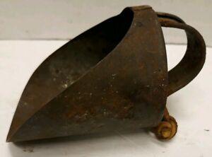 Antique-Vintage-Primitive-Metal-Scoop-Grocery-Dry-Goods-Grain-Scoop