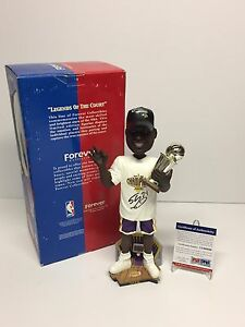 Shaq Shaquille O'Neal Signed Lakers Basketball 2002 Champs Bobblehead PSA
