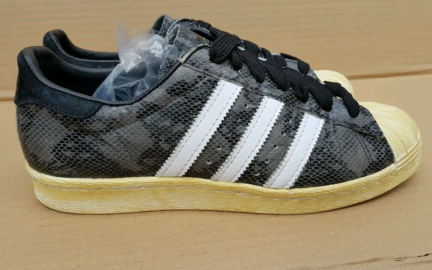 RARE ADIDAS SUPERSTAR 80's LIMITED EDITION TRAINERS Taille 6 6 6 UK noir SNAKE SKIN a96a29