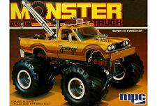 MPC 1:25 1975 Datsun Scavanger Monster Truck Model Car Kit MPC852 NEW in Yellow