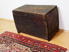 antik Holz truhe Schatztruhe Antique wooden Nuristan Storage Chest 18/19.Jhd N-D