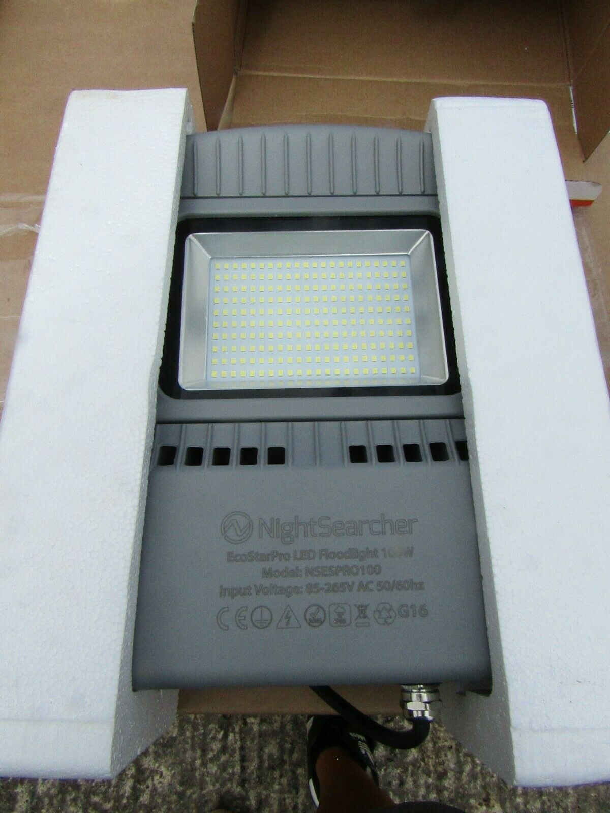 Proyector de LED EcoEstrella Nightsearcher, 2 LED, 100W, 10000lm, IP65 H9CB 8268683