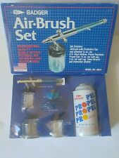 Badger 200 Siphon Feed Airbrush Set With Propellant