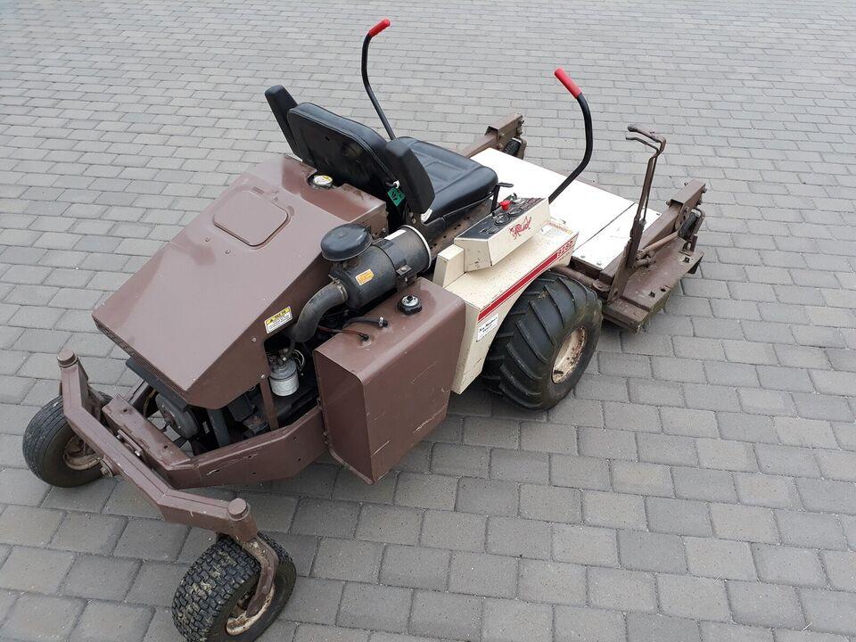 Havetraktor, Grasshopper 928D, 28 hk