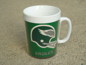 VINTAGE-NFL-PHILADELPHIA-EAGLES-THERMO-SERV-INSULATED-70s-COFFEE-MUG-CUP-CLEAN