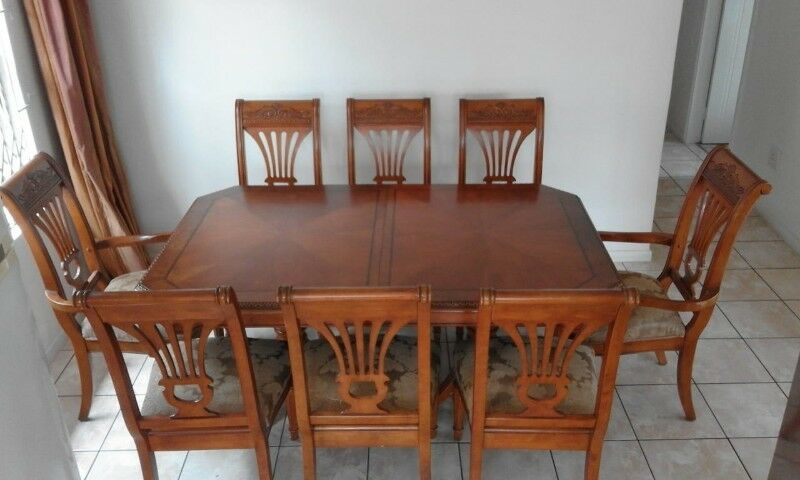 A Once in a Lifetime Bunch of Beautiful , Modern Age , Quality Furniture in  Excellent Condition !!! | Umhlanga | Gumtree Classifieds South Africa |