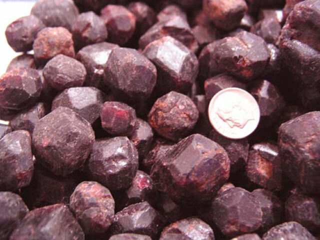 Garnet red pyrope mine rough crystals bigger 1/2-1 inch  Madagascar 1/2 pound