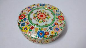 VTG-EMBOSSED-MID-CENTURY-FLORAL-TIN-STORAGE-CONTAINER-8-1-4-MADE-IN-HOLLAND