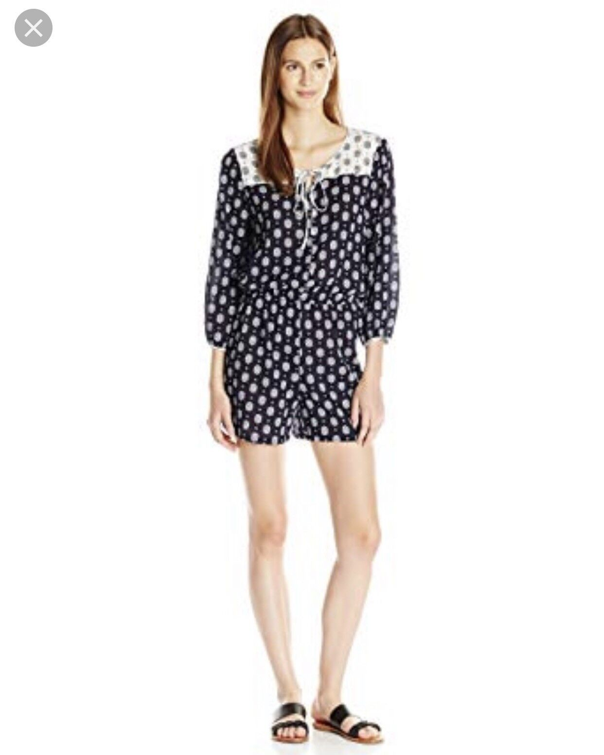 NWT Two by Vince Camuto Crinkled Foulard Print Keyhole RomperLarge Navy White