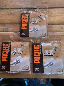 ** Nouveau ** Lot De 3 Pacific 17 (1.24) Argent Polyester Tennis String-afficher Le Titre D'origine 100% De MatéRiaux De Haute Qualité