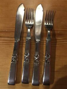 Set-of-2-x-Vintage-Silver-Community-Plate-EPNS-Fish-Knives-and-Forks