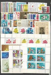 DDR   1972  Postfrisch komplett ,mit allen Einzelmarken 2 MH.-Blätter  2 Foto