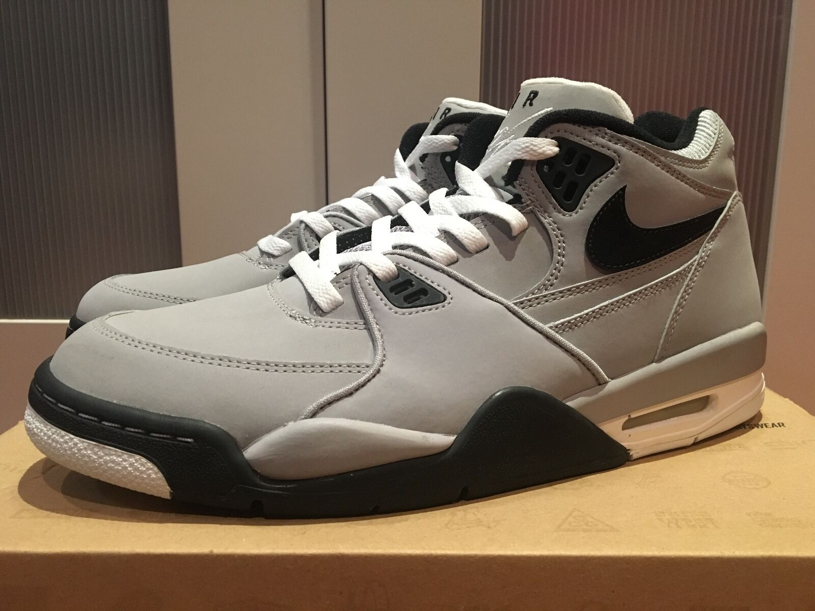 Nike Air Flight 89 Wolf Grigio US10.5 | Air Jordan 4 Inspired doernbecher pinnacle