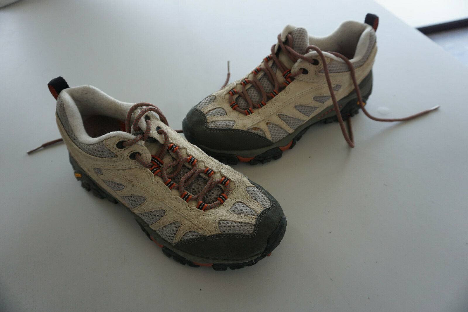 MERRELL Continum Herren Schuhe Wander Trekking Outdoor Vibram Gr.41 Beige grau