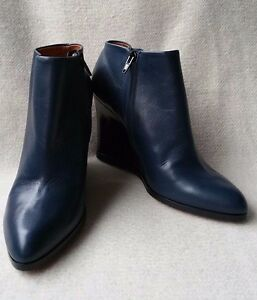 f2dc9e7a83b New Auth  1100 Celine 38.5 Navy Leather Zip Wedge Ankle boots ...