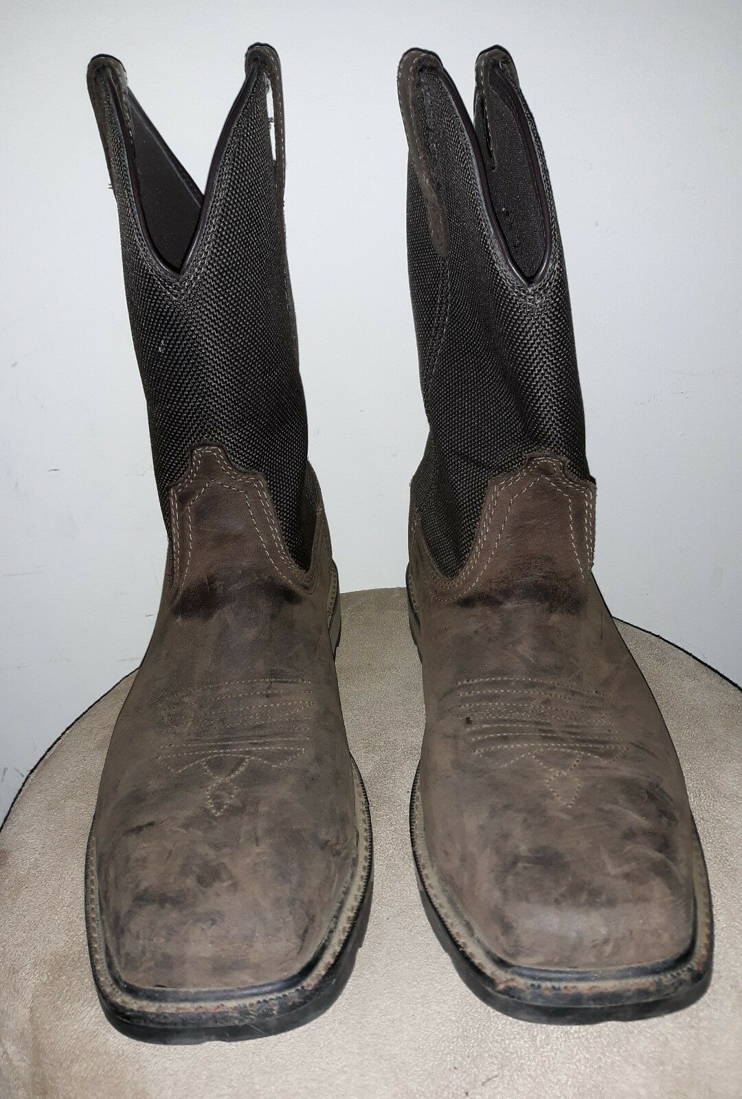 EUC Ariat Men's 10.5 D Groundbreaker H20 Steel Toe Work western Boot 10015196