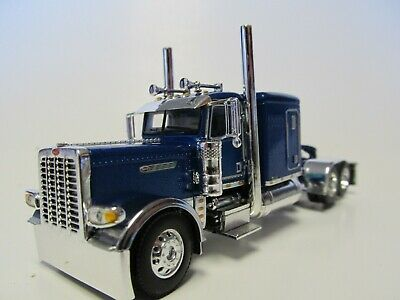 PRIDE /& CLASS HOOD /& GRILL DCP 1//64 SCALE 389 PETERBILT FLAT TOP  WHITE