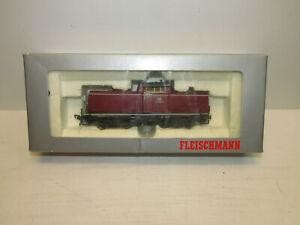 Fleischmann-6-4230-FMZ-Diesellokomotive-der-DB-mit-BN-212-329-7-Spur-H0-OVP