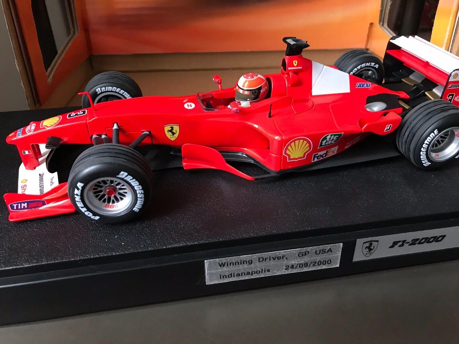 F1 Ferrari F2000, SCHUMACHER, 1 18 comme neuf avec boite d'origine