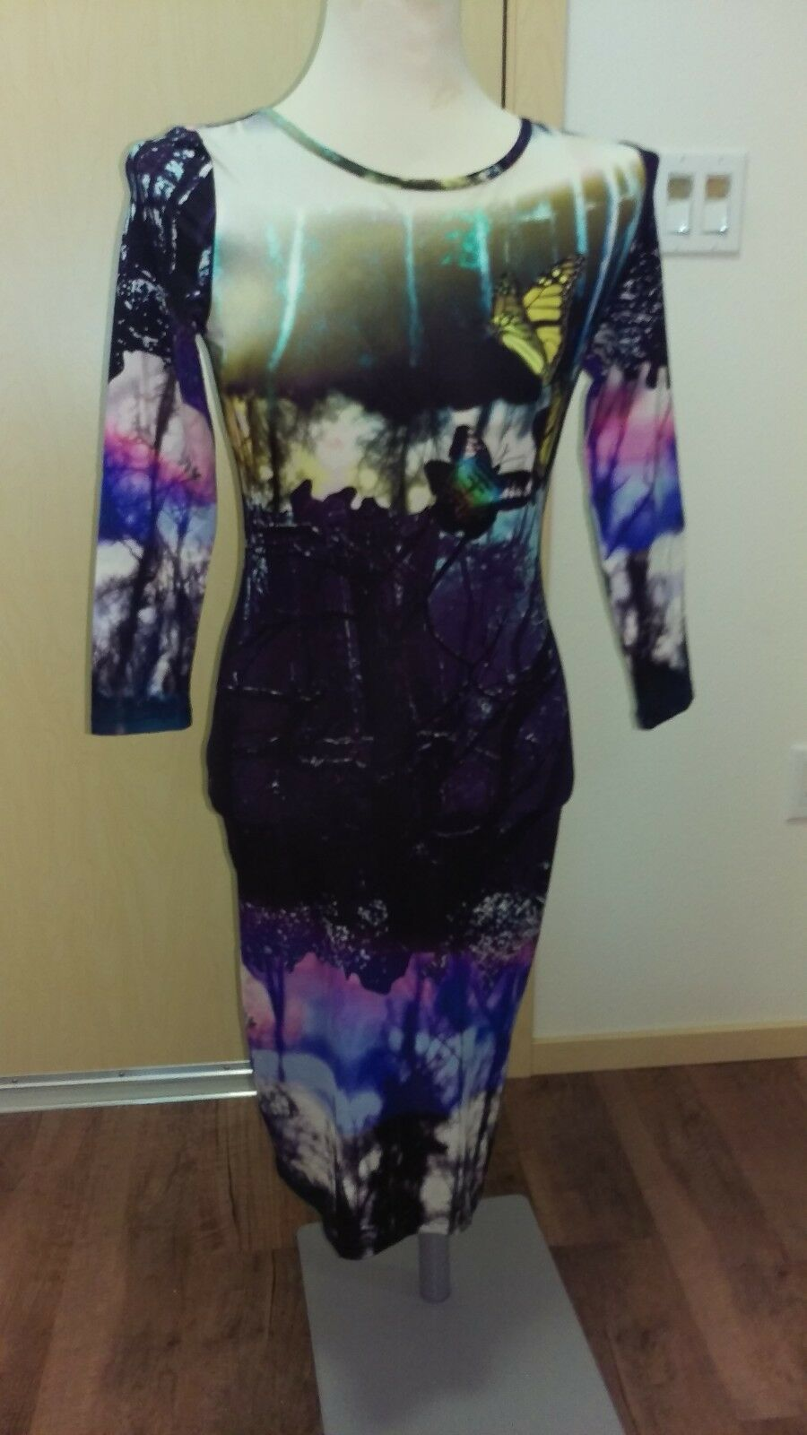 NEW TOPSHOP Bodycon Long Sleeve Butterfly Print Sheath Dress US 4