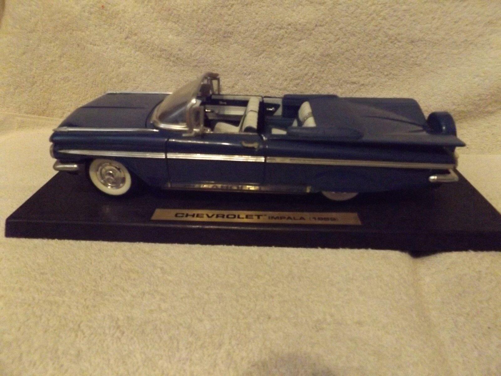 VINTAGE DIECAST--1959 CHEVY IMPALA CONV.--ROAD CONV.--ROAD CONV.--ROAD ROUGH--1 18 SCALE--DISPLAY--blueE 7100c0
