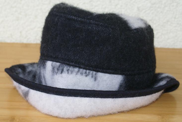 LILLUNN Hut Mütze 100 % Wolle europ. Handarbeit Gr. M MADE IN NORWAY NEU | Üppiges Design  | München Online Shop  | Starke Hitze- und Hitzebeständigkeit