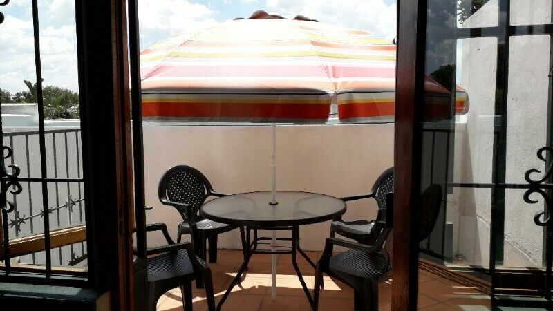 MELVILLE - 1 LADY SHARE 3 BED HOME - OWN ROOM - 25 08 2021