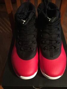 897998-601  JORDAN ULTRA FLY 2 UNIVERSITY RED WHITE BLACK SNEAKERS ... 114ae33d419