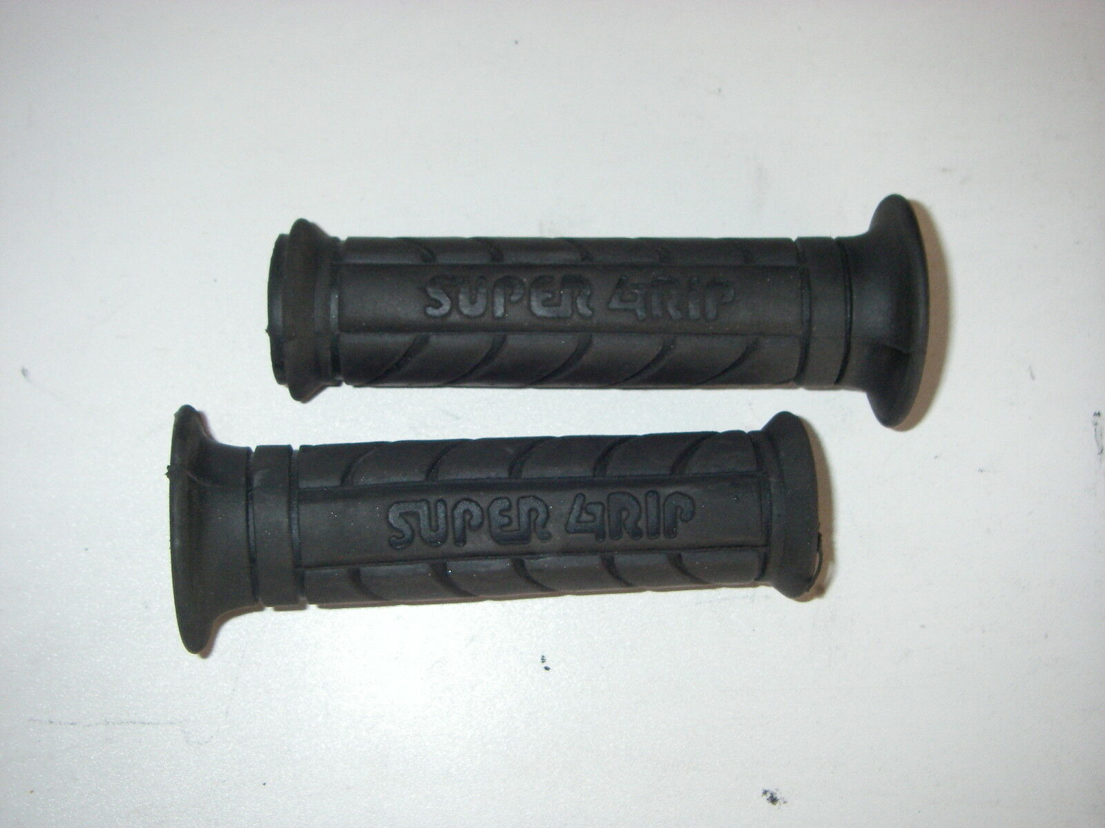 YAMAHA PW50 Lenker Griffe Griffgummis //Handlebar Grips 4X4-26242-00 4X4-26241-00