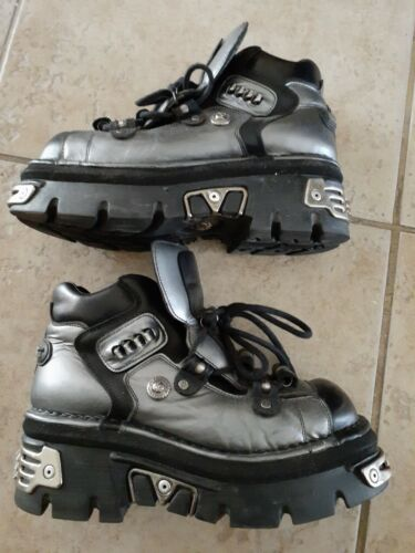 NEW ROCK ORIGINAL BOOTS EURO SIZE 43 SLIGHTLY USED