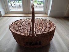 RARE FORTNUM & MASON OVAL WICKER PICNIC HAMPER SHOPPER BASKET MINT CONDITION