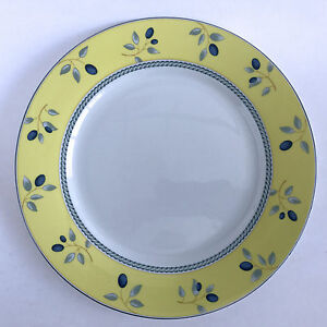 Image is loading Royal-Doulton-China-Blueberry-Dinner-Plate-2005-Blue- & Royal Doulton China Blueberry Dinner Plate 2005 Blue Yellow 10-1/8 ...