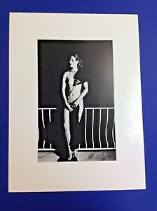 Helmut-Newton-Special-Collection-034-Capri-At-Night-1977-Vintage-Lithograph