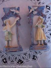 Porzellanfiguren Pärchen Liebespaar mit Taube, Vase