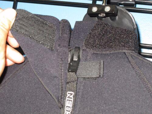 Black NeoSport by Henderson Women/'s 3mm neoprene Shorty Wetsuit