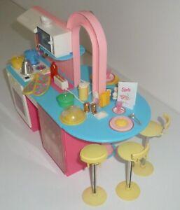 1990 Vintage Sindy Cuisine Café. Plus De 100 Accessoires.-afficher Le Titre D'origine