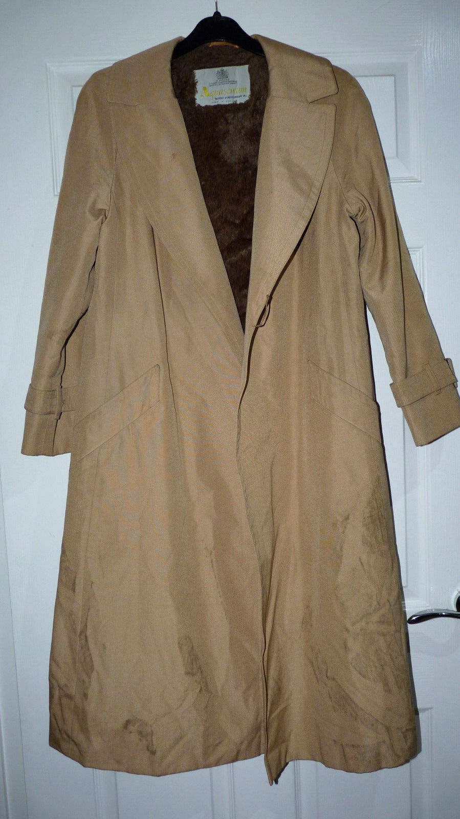 Vintage Aquascutum Aqua5 Beige Trench Coat with Acrilyc lining size 10