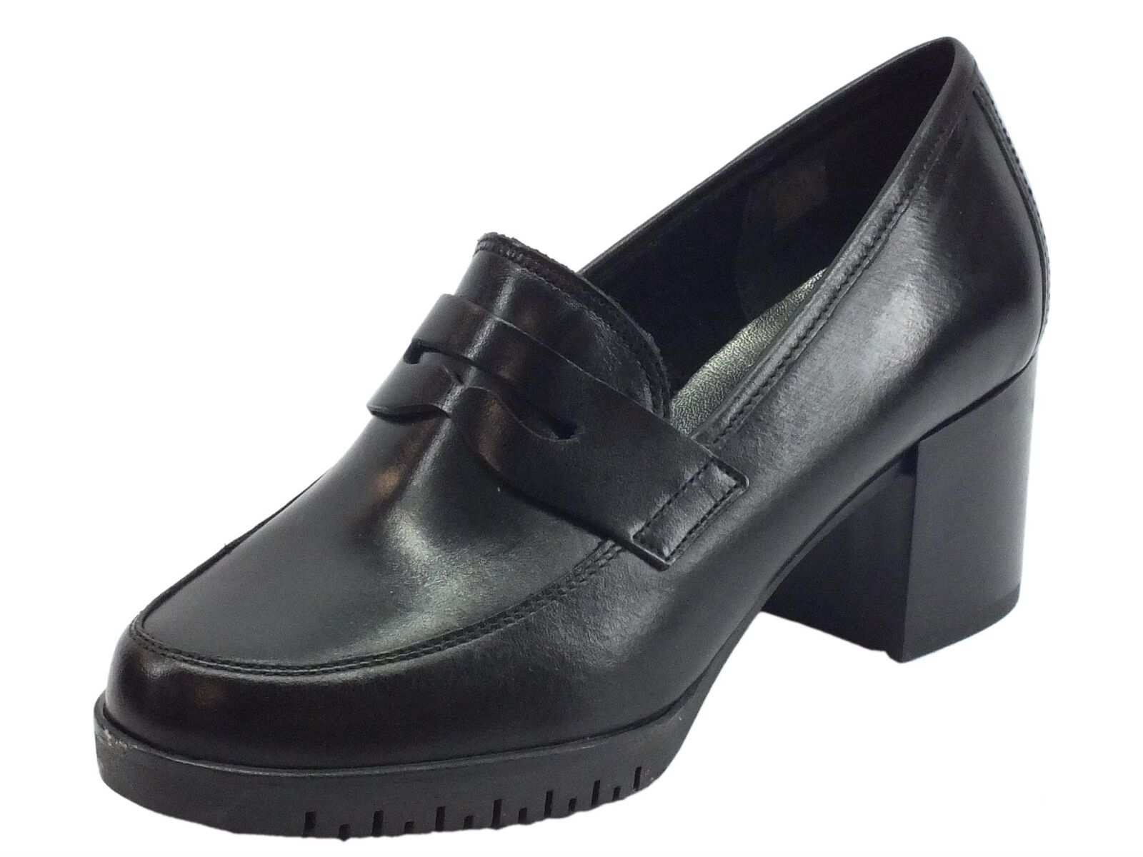 Cinzia Soft mocassini classici donna in pelle colore nero tacco alto