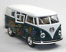 NEU: VW Bus Bulli T1 (1962) 1:32 grün mit Hippie-Aufdruck Modellauto v. Kinsmart