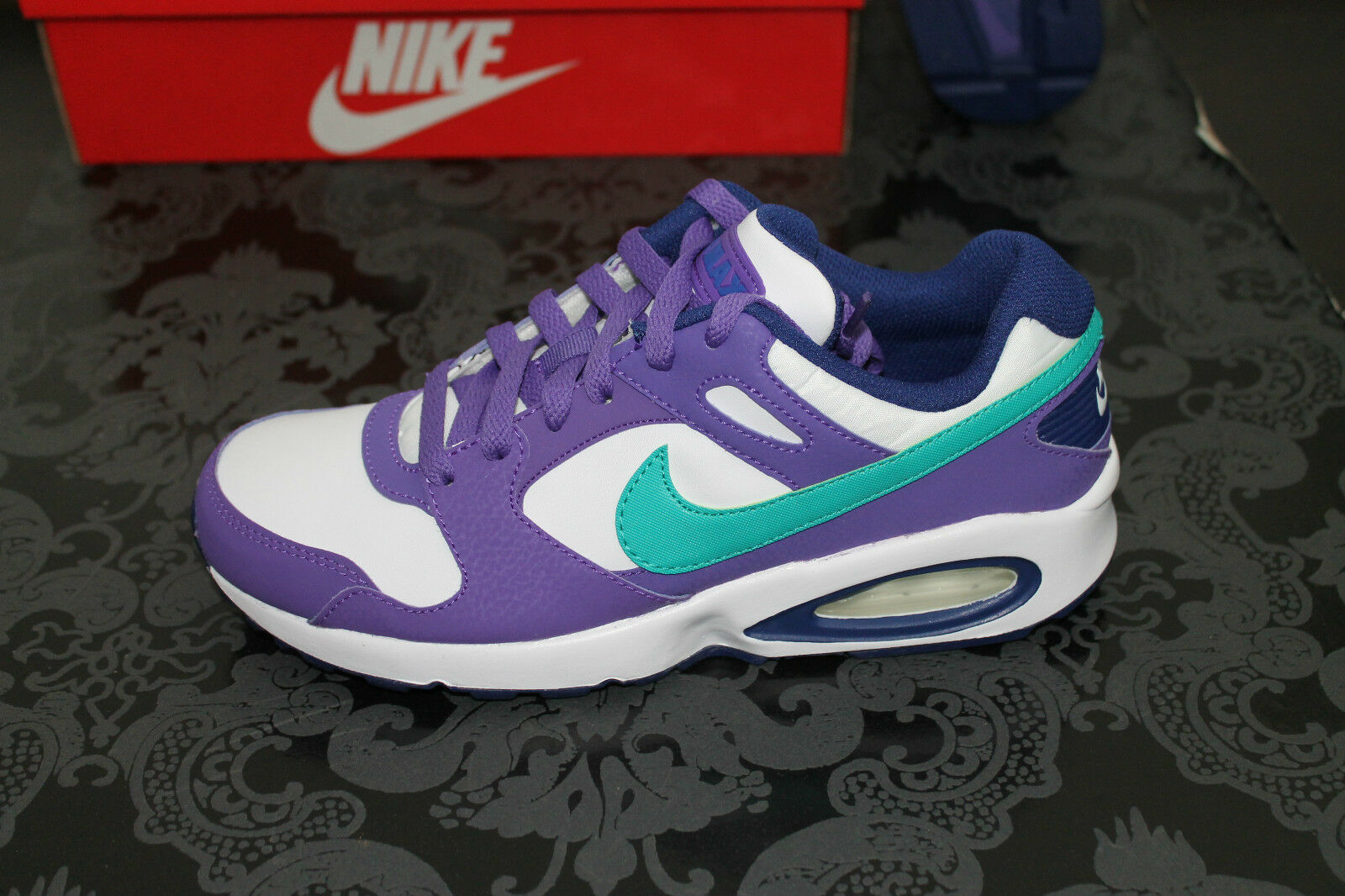 the latest ecc80 22285 ... NIKE AIR MAX COLISEUM Chaussures de course course course blanc violet  bleu taille 36,5 ...