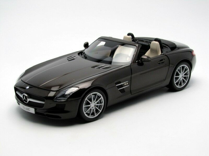 Mercedes benz sls amg roadster 1,18 b66960080 auto - modell