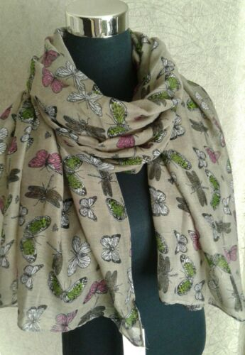 BNWT Ladies Colourful  Butterfly Print Scarf