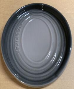 Le Creuset Stoneware Oval Spoon Rest Flint New 843251156597 Ebay