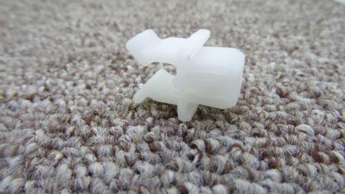 ISUZU Hood Bonnet Rod Support Plastic Clip Clamp Gripper Hook Prop Holder