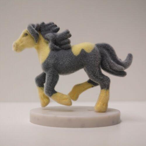 Choisir Figure Bella Sara Miniatures Series 1